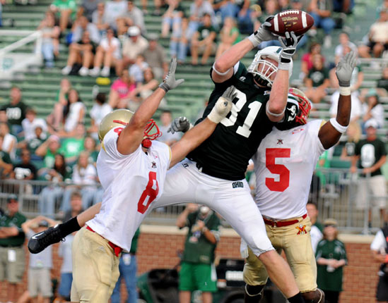 Ohio tight end Andrew Mooney attempts to bring down the ball in the endzone during the 4th quarter against VMI.