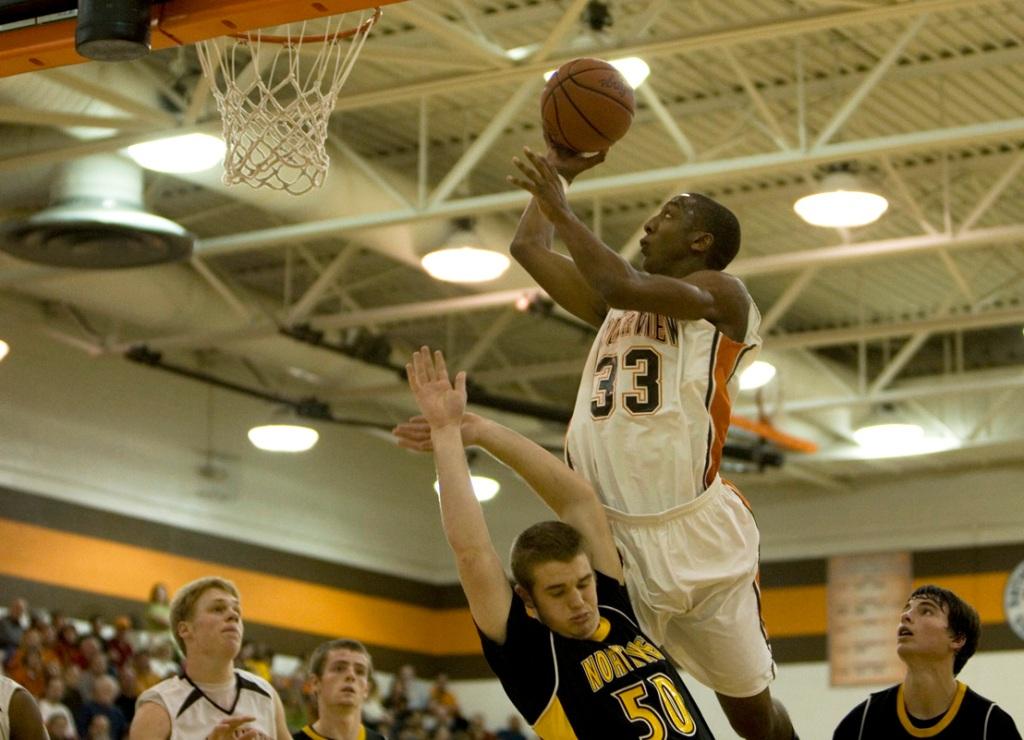 young_basketball_00221