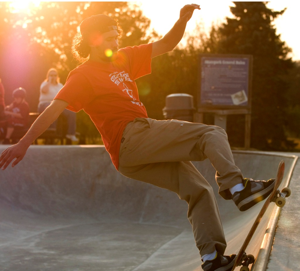 young_skateboarding_3